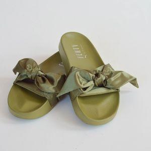 Authentic Puma Fenty  Bow-Tie Slides