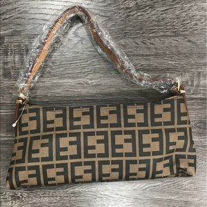 Handbags - Small handbag in new condition
