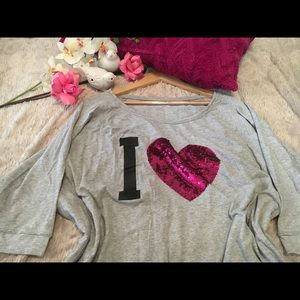 Loose Sweater with I 💗 .