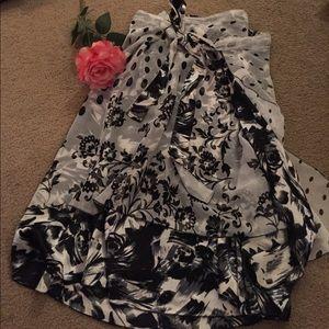 Dresses & Skirts - Versatile skirt/dress! One size