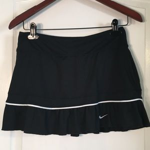 Nike Dri Fit Black With White Trim Athletic Skirt
