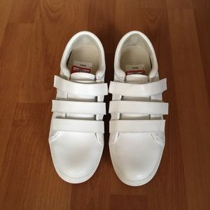 Kenneth Cole Reaction Jovie 2 Sneakers