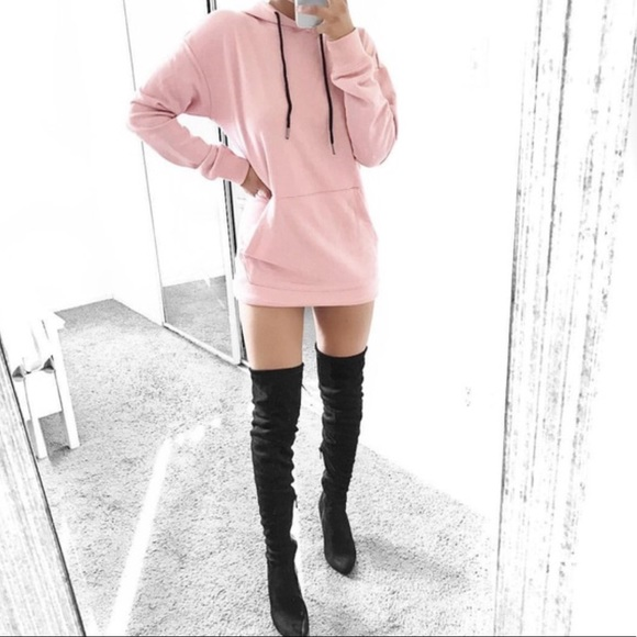 Dresses & Skirts - Pink hoodie dress