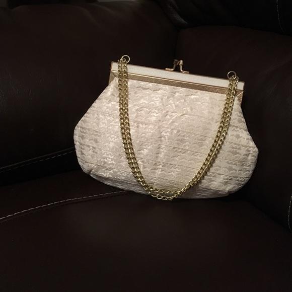 La Regale Handbags - Vintage La Regale Ltd Small Lace Purse