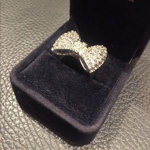 Jewelry - Big Bow Ring