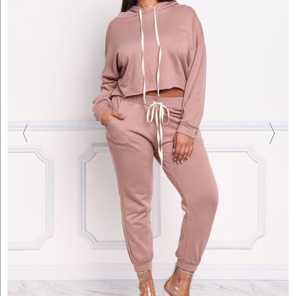 NWT Plus Size Pink Jogger Set