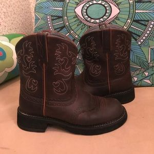 LikeNew size 9 Ariat Fatbaby sweet❤️ cowboy boots