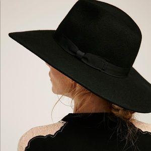 Wide Brim Western Soho HAT Black