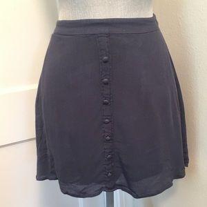 ⚡️Sale⚡️ Hollister flowy mini skirt