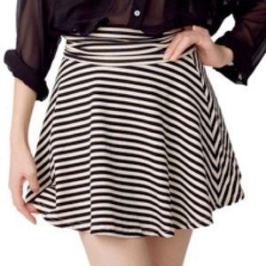 American Apparel circle skater skirt, striped, L