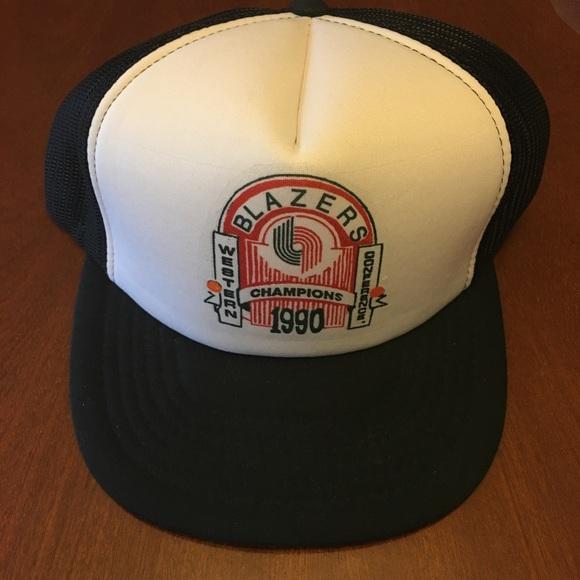 9b52944b59c Vintage Portland Trail Blazers mesh snap back hat.  M 59bf624456b2d67b3600402b