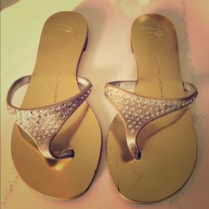 Auth Giuseppe Zanotti Design gold sandals