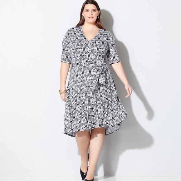 NWT AVENUE Plus Size Black & White Faux Wrap Dress NWT