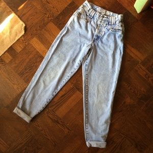 90s Zena Mom Jeans High Waisted Tapered Leg Light
