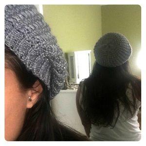 Accessories - Knit beret