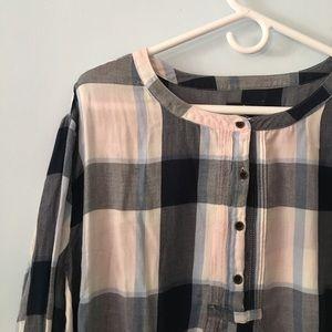 Gap factory plaid NWT blouse