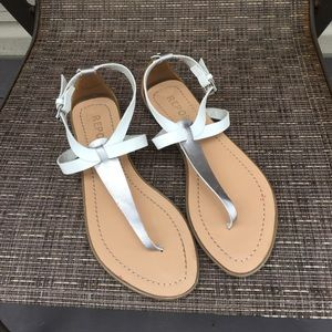 Report women's t-strap silver/ white sandals