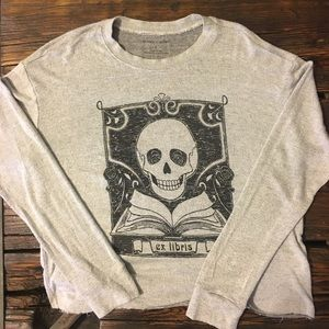 ☠️silence + noise Skull and Crossbone Sweater☠️