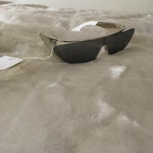 Rihanna x Dior Exclusive 3YG0T Silver Sunglasses