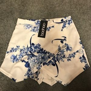 Cute mono print envelope skirt!!