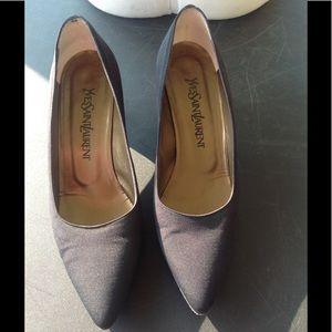 Womans Yves saint laurent shoes.