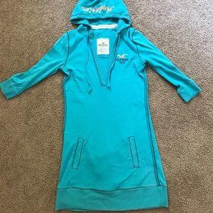 Hollister tunic
