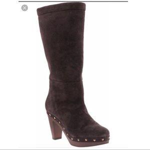 Banana Republic NWOB boots. Brown. 5.5