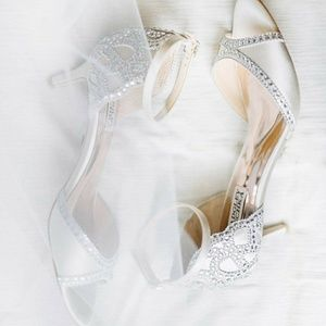 Badgley Mischka Gillian Heels, Ivory, Size 7.5