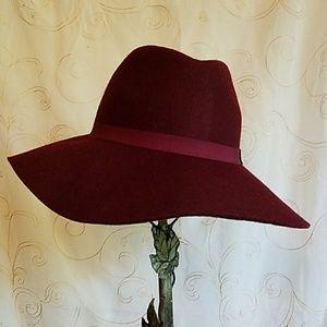 🍁Express *NWT* 100% Wool Fall Hat