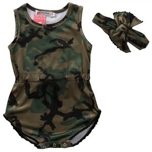 Other - Adorable 2pc camouflage outfit.