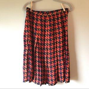 Vintage 100% Silk Houndstooth Pleated Midi Skirt