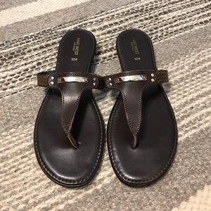 Brown woven leather thongs