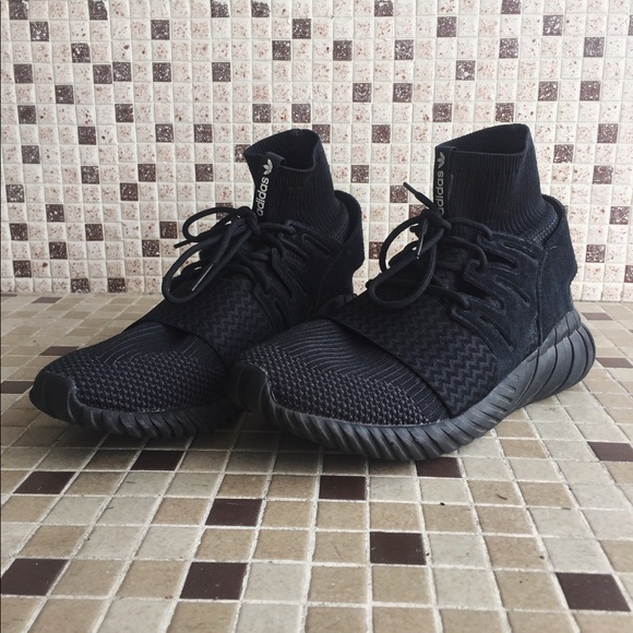 new products 5fa15 c16ad Adidas Tubular Doom Primeknit Sleek Triple Black