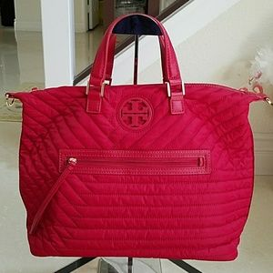 NWT Tory Burch Quilted Nylon Slouch Satchel