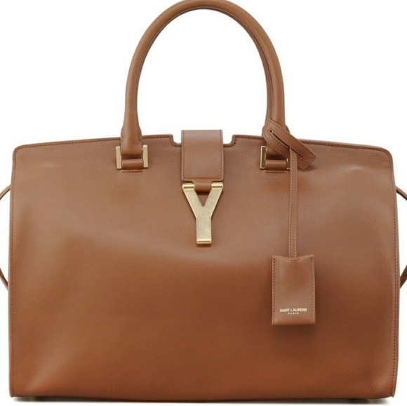 46e248ebbc68 Authentic Yves Saint Laurent Classic Y Cabas Bag
