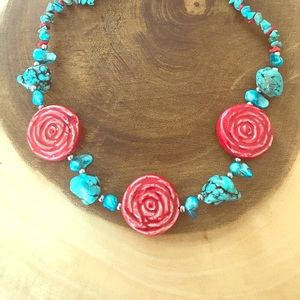 Jewelry - Turquoise and rose necklace
