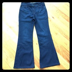 NWOT. Old Navy High Waist Flare Jeans