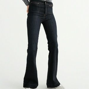 NWT Abercrombie & Fitch Dark Wash Flare Jeans