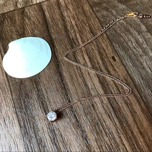 Jewelry - Solitaire crystal necklace gold rose