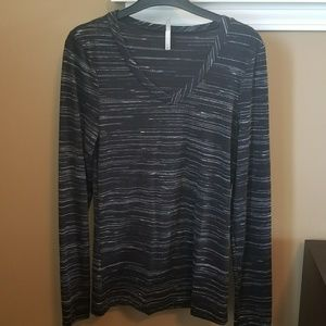 Buckle black and silver long sleeve