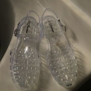 Clear Jellies Size 7 1/2