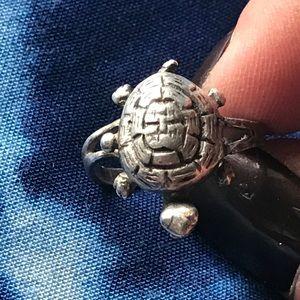 Vintage turtle poison ring size 6