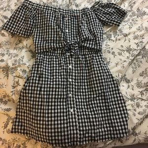 Dresses & Skirts - Gingham baby doll dress