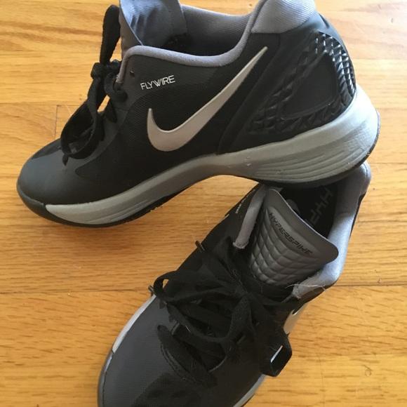 Flywire Volleybal Volleybal schoenen schoenen Poshmark Nike Poshmark Nike schoenen Flywire Nike zHpxSp