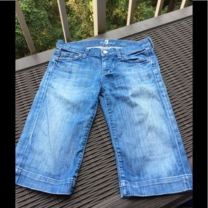 7 for All Mankind Clamdigger DOJO Jeans 25