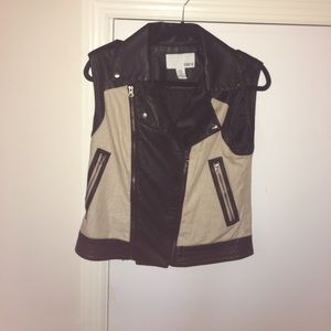 BarIII  motorcycle vest! No tags but never worn!