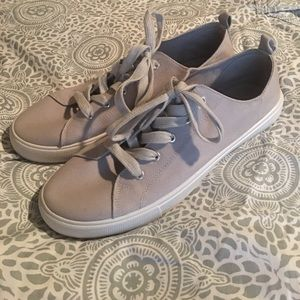 Grey canvas tennis shoes