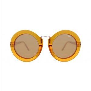 NWOT Quay Sunglasses | Life in Xanadu