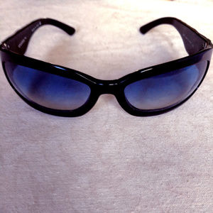 Vintage '90s Chanel Sunglasses Black Quilted Frame
