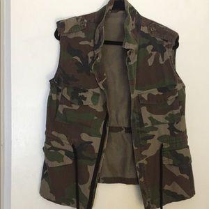Camouflage vest